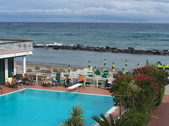 Hotel Gabriella : la pîscine