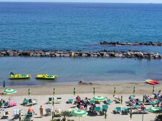 Hotel Gabriella: la plage