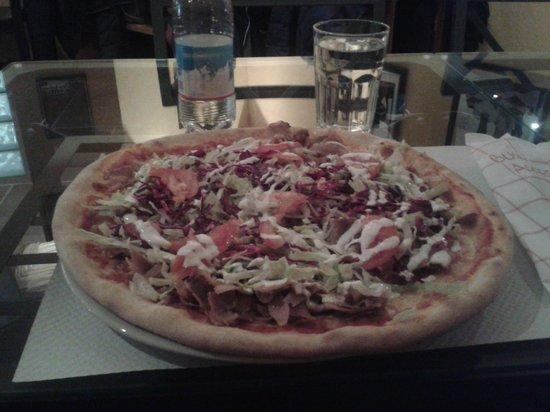 Ali Baba E I 40 Panini: Pizza kebab super