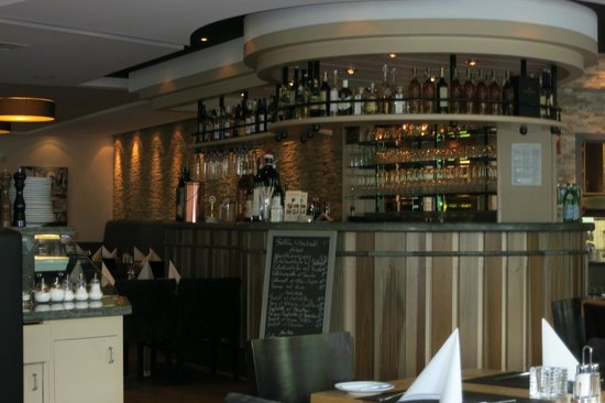 Il Grappolo: Die Bar