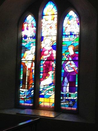 St Multose Church: stained glass St Multose