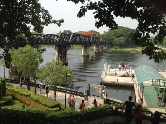 Tour East : the Bridge