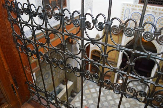 Dar Attajalli : Vue de la suite orange sur le patio central