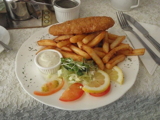Three Kings Tea Rooms: Fish and Chips