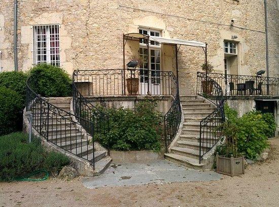 Chateau Chapeau Cornu : ingresso alla reception