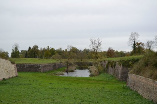 Les Fortifications de Neuf-Brisach : Les Fortifications