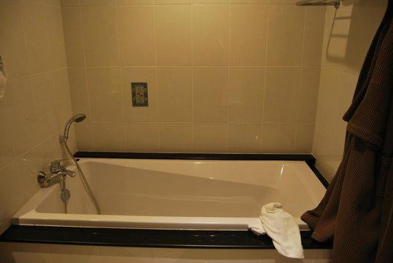 The Imperial River House Resort: vasca...