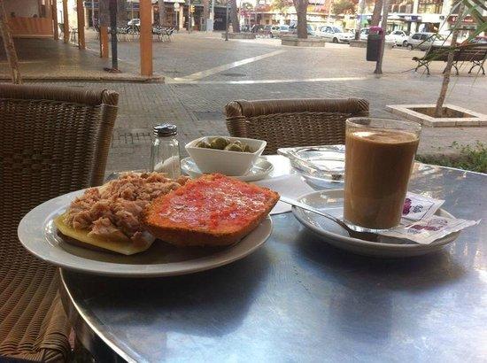 Bar Troyen: Situado en la Plaza de Ca'n Pastilla
