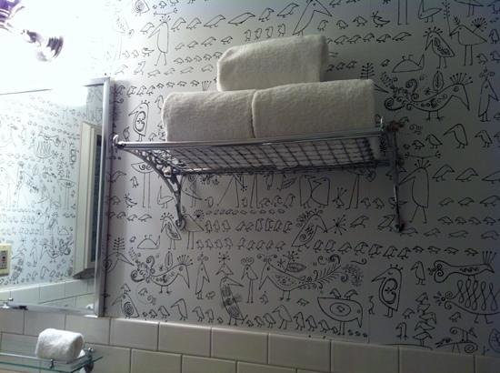 Soho Grand Hotel: Cute wallpaper.