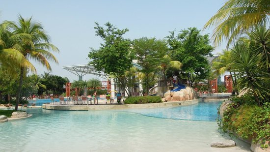 Resorts World Sentosa Festive Hotel Hard Rock S Beach Pool