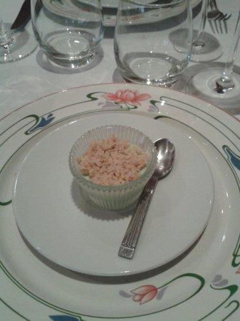 Le Cafe des Arts : La panna cotta asperge et crumble parmesan