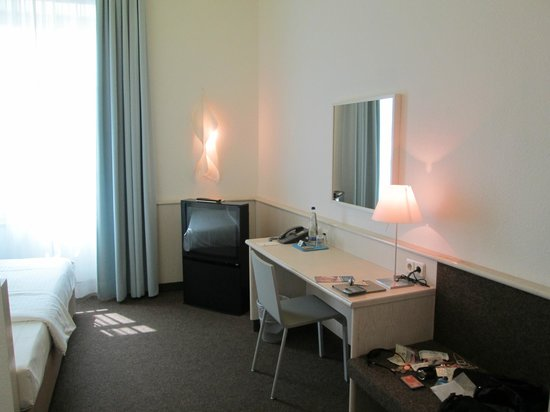 Design Hotel Stadt Rosenheim: the dressing table