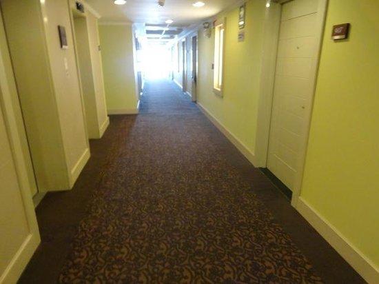 El Pardo DoubleTree by Hilton Hotel: Hallway
