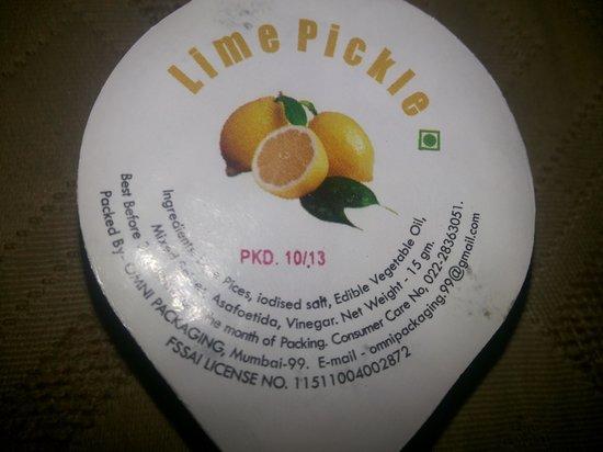 Tiger 'n' Woods: Served packet of pickle