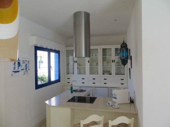 Bahiazul Villas & Club: Kitchen