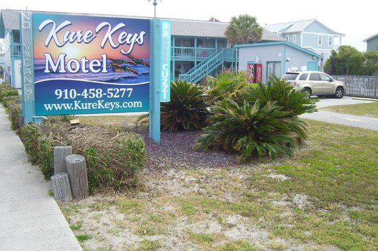 Kure Keys Motel: View from street corner, 100 feet from the beach!