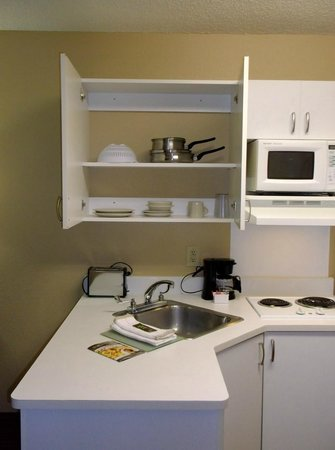 Extended Stay America - Salt Lake City - West Valley Center: Extended Stay America WVC UT - #327 5-2-14