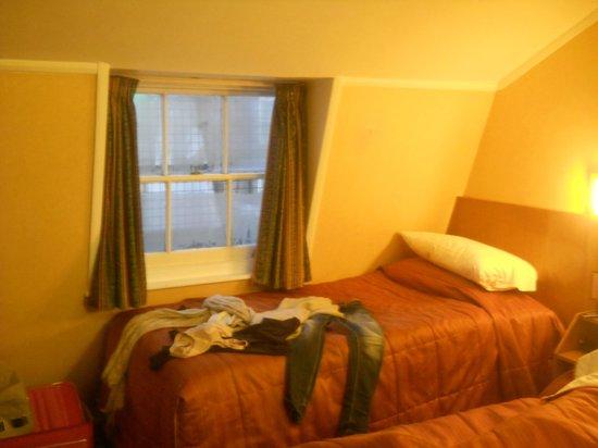 Beverley City Hotel : tripla