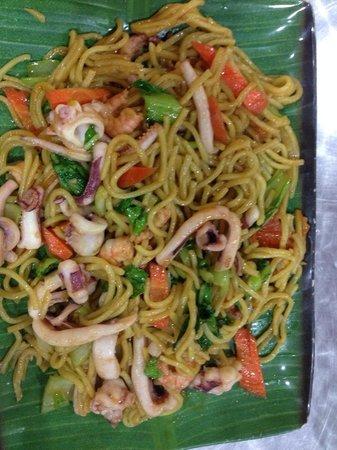 Aima Grill Fish Restaurant: Spaghetti malesi con pescando