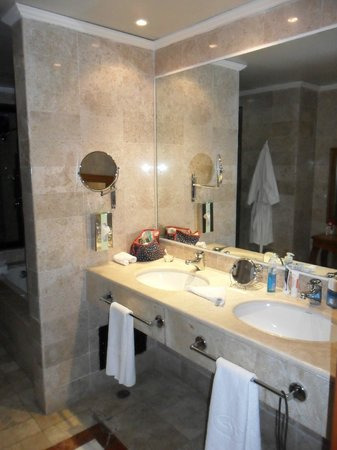 The Royal Suites Yucatan by Palladium: Colonial