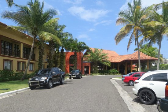 VH Gran Ventana Beach Resort: Resort entrance