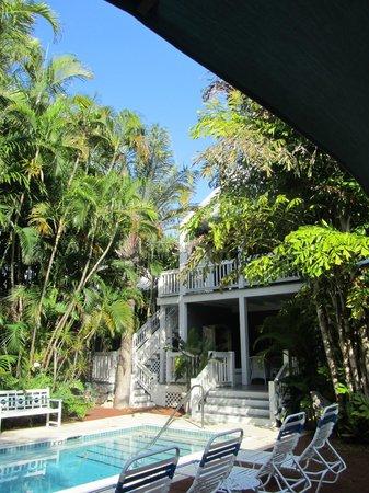 Ambrosia Key West Tropical Lodging : Garden