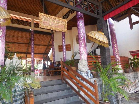 Hotel The Flora Kuta Bali: exterior