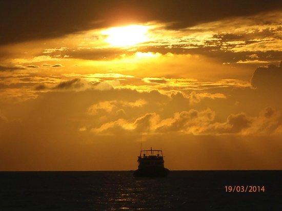 Angsana Ihuru : tramonto