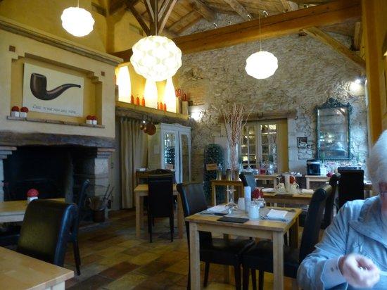 Cap de Castel: pour un repas au coin du feu