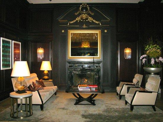 Rosewood Hotel Georgia : Lobby
