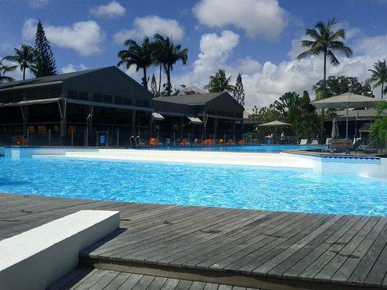 La Créole Beach Hôtel & Spa : la piscine de l'hotel...juste un reve