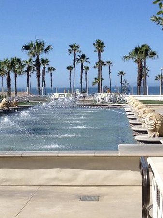Hyatt Regency Huntington Beach Resort & Spa : Water Fountain