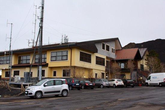 Hotel Corsaro: Отель Corsaro... Кругом только вулканическая лава