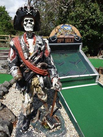 Pirate Adventure Mini Golf: Pirate