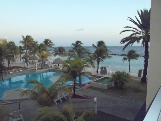 Sunscape Curacao Resort Spa & Casino: Preferred Club beach and pool