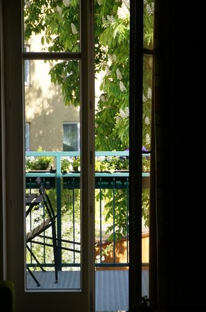 Maximilian Munich: Balcony