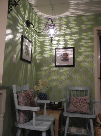 The Funky Frog B&B: Amazing touches everywhere!