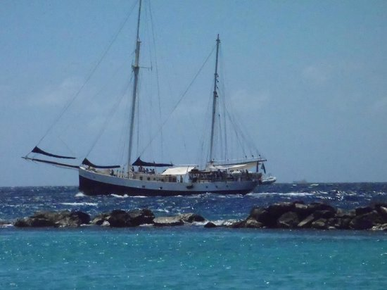 Sunscape Curacao Resort Spa & Casino: Insulinde Sailing Ship from the hotel