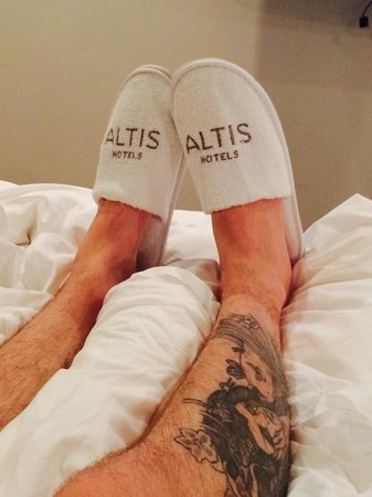Altis Prime: Beds very comfy