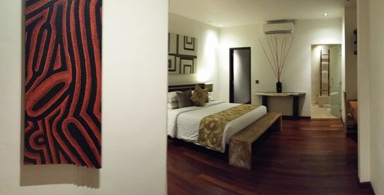 Artisane Villas and Spa: upstairs room