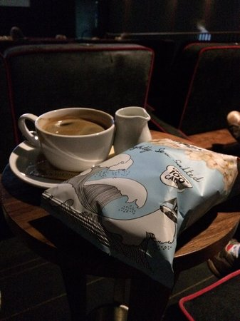 Everyman Cinema Leeds: Pure relaxation.. (Brought my own popcorn though! Diet :-) )