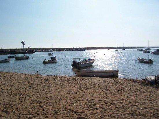 Alvor Boardwalk: Old-style fisherman's charm...