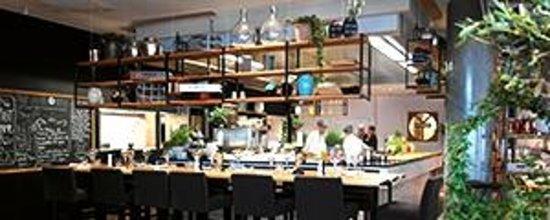 Kitchen & Table Tromso: Kitchen & Table Tromsø - Open Kitchen