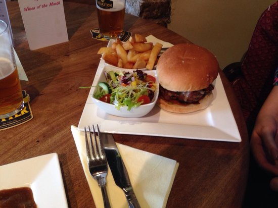 The Public Bar at the White Bear: Yorkshire steak burger