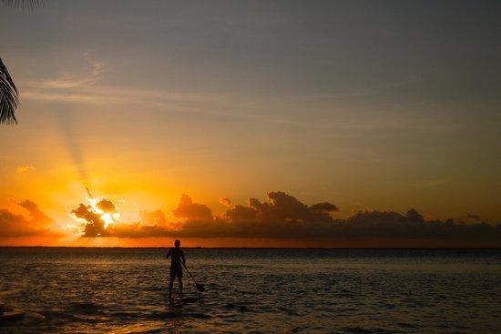 Manda Bay: SUP'ing @ sunset