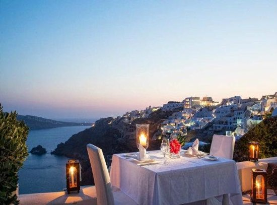 Canaves Oia Hotel: Our special dinner.