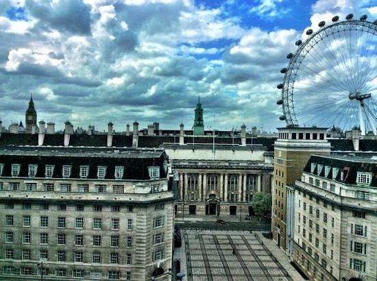 Park Plaza County Hall London: view from my room 1028