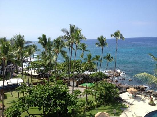 Royal Kona Resort : view from 613 Ali'i tower