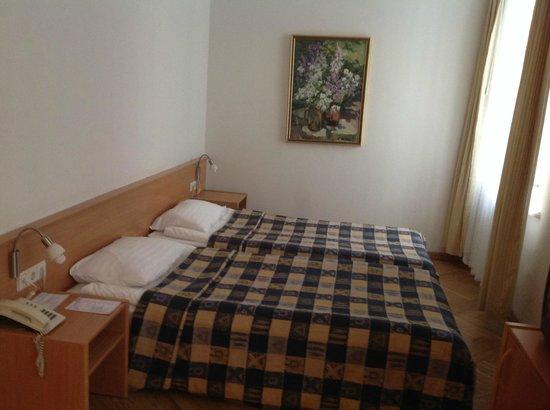 Konventa Seta Hotel: Кровать