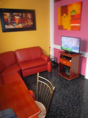 Machu Picchu Suites: Sala de suite